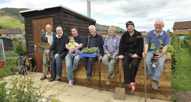 Forth Valley & Lomond LEADER growing project participants at allotment