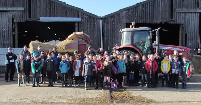 School children group photo at Balgay Farm