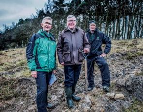 (right to left) Keith Wishart (Conservator, Central Scotland, Forestry Commission Scotland), Fergus Ewing (Rural Economy Secretary) and Craig Dinwoodie (Watson Forestry)