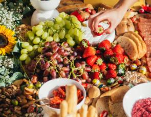 Table platter of fresh fruit and vegetables