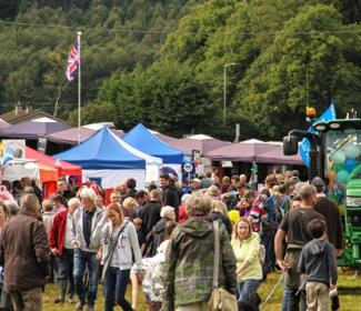 Crowd at agricultural show