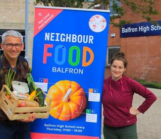 Richard Boddington and Ruth Glasgow with Neighbourfood banner