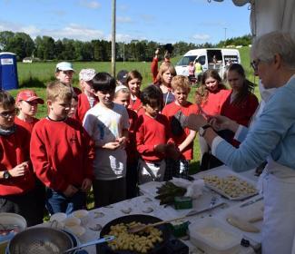 Carina Contini cooks gnocchi for Balbeggie Primary School children