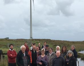 group photo of Scottish Island Federation members