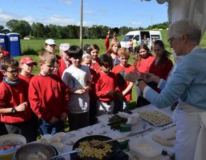 Carina Contini cooks gnocchi for Balbeggie Primary School children